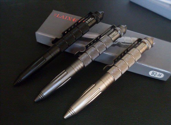 全新 LA 戰術防衛筆 B2輕航空鋁 女子防身筆 酷棍 EDC 求生 防狼器 K20