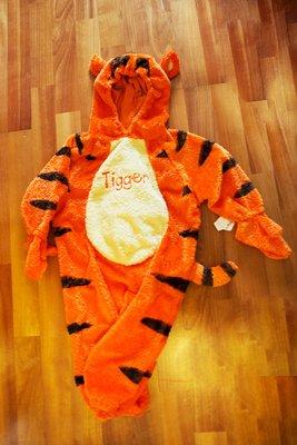 國外帶回TIGER造型服