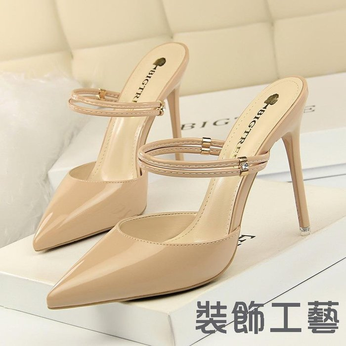 86-11韓版性感鏤空高跟漆皮淺口尖頭水鉆金屬扣裝飾一字帶女拖鞋