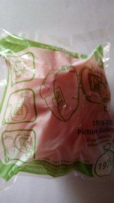 McDonald 麥當勞 Hello Kitty 35周年蘋果公仔 - 1976 (包平郵)