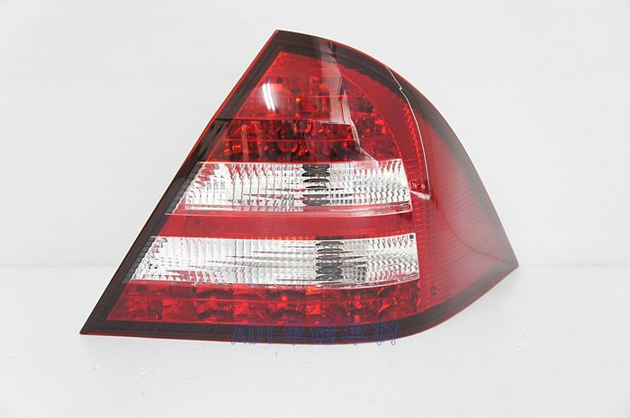 ~~ADT.車燈.車材~~賓士 C-CLASS W203 00 01 02 03 LED 紅白晶鑽尾燈一組