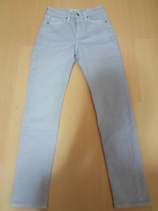 二手uniqlo jeans孟加拉製23號,商品如圖閒置出清售出無退換貨服務~布料有彈性