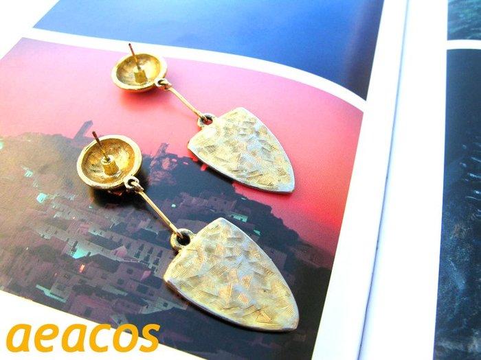 AEACOS@古董 古著 vintage retro 摩登 前衛 設計感 半圓球 三角盾牌 金色 線條 連結 針式耳環