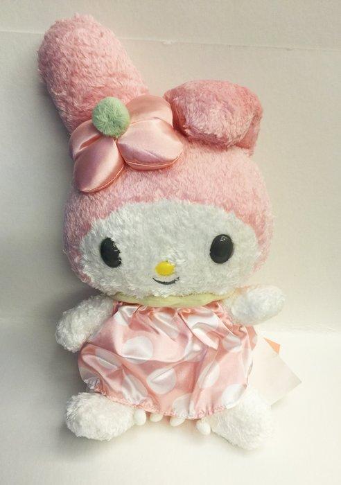 ^燕子部屋 ^ 美樂蒂造型可愛娃娃(衣服有一條壓痕 )不介意 便宜賣