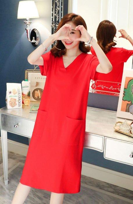 [C.M.平價精品館]新品特價/M~2XL簡約V領修飾臉型顯瘦有型雙口袋黑色/紅色短袖洋裝