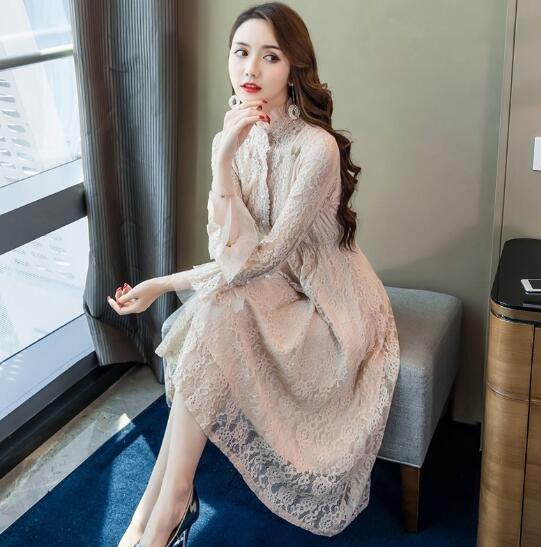蕾絲洋裝 配大衣的長裙子 內搭蕾絲連身裙 打底裙 秋冬新品 莎芭