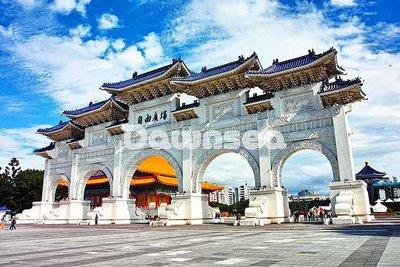 台灣圖片照片出租.台北自由廣場.專業攝影師拍攝.想租多少價格.你決定專案.