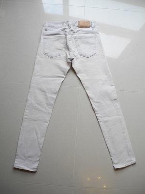 韓國製UPSET Jeans窄管彈性修身牛仔褲 29~30腰 (腰圍平量37.5cm) 褲長99cm 版挺漂亮 免運