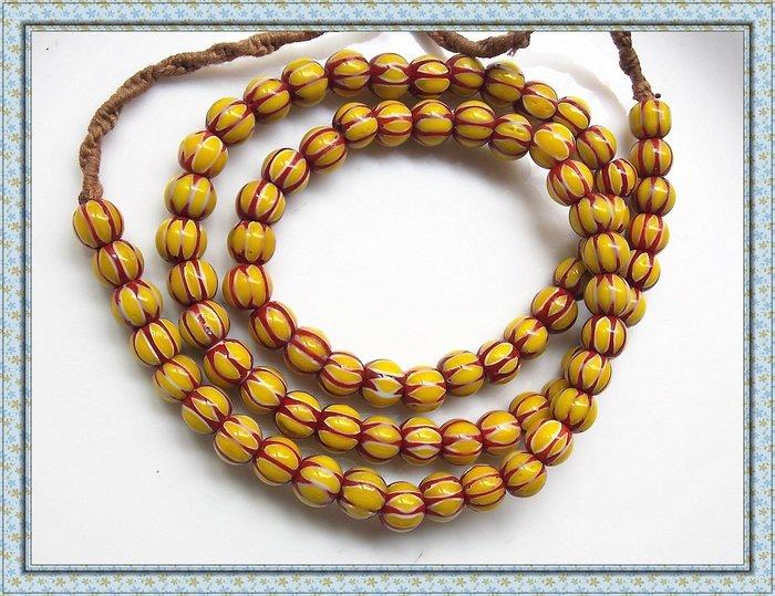 【雅之賞|藏傳|佛教文物】*特賣*尼泊爾 雪弗蘭琉璃珠8mm一串~112205
