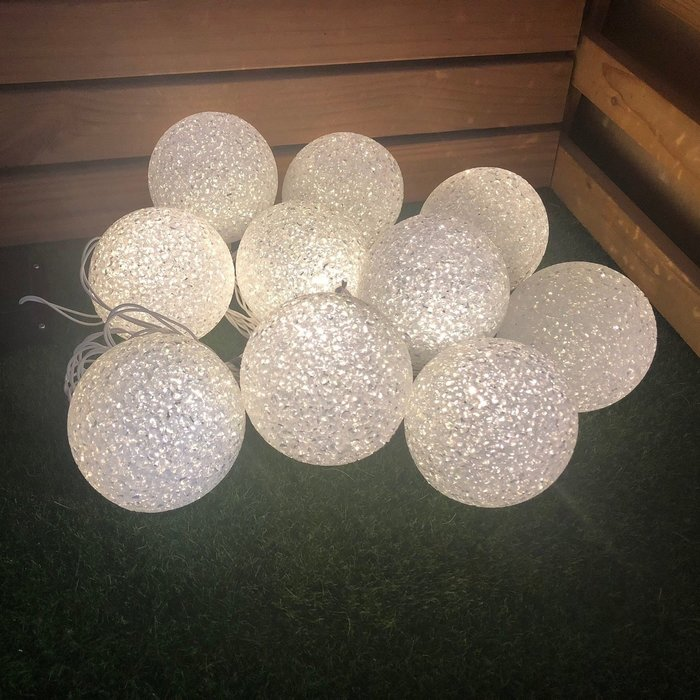 €太陽能百貨€ 太陽能10LED球型燈串 燈串 節慶 節日 婚禮 戶外燈串 戶外燈 造型燈 球燈 氣氛燈 C-07
