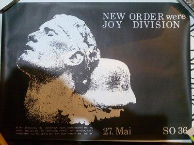 New Order were Joy Division 1981年5月27日 柏林演唱會海報 新秩序走出玩樂區的陰影