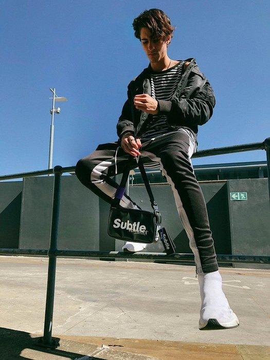 潮牌Subtle MainStreet系列Indie單肩休閒包 郵差包 防水包 相機包  -有型出行 帥氣 中性款