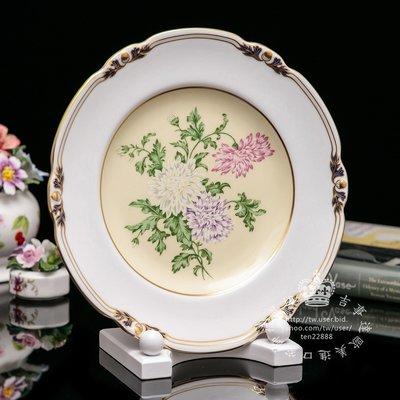 【吉事達】英國皇冠德貝瓷Royal Crown Derby 1996花卉描金限量骨瓷盤年度盤~Chrysanthemum