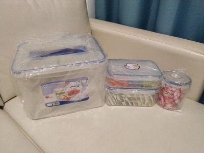 稻草屋密實食物盒1套4件。全新。未用過。大9600ml,中1400ml,細820ml,圓650ml。有3套。將軍澳區