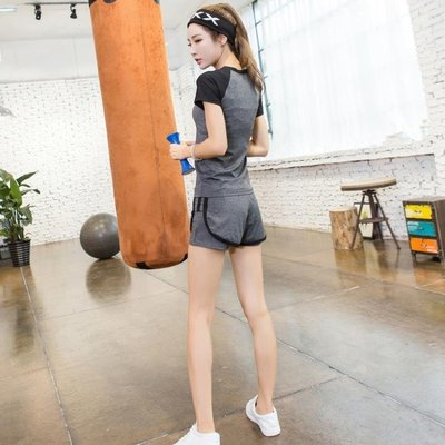 店長嚴選瑜伽運動套裝女專業健身服健身房春夏韓國跑步兩件套短袖短褲上衣