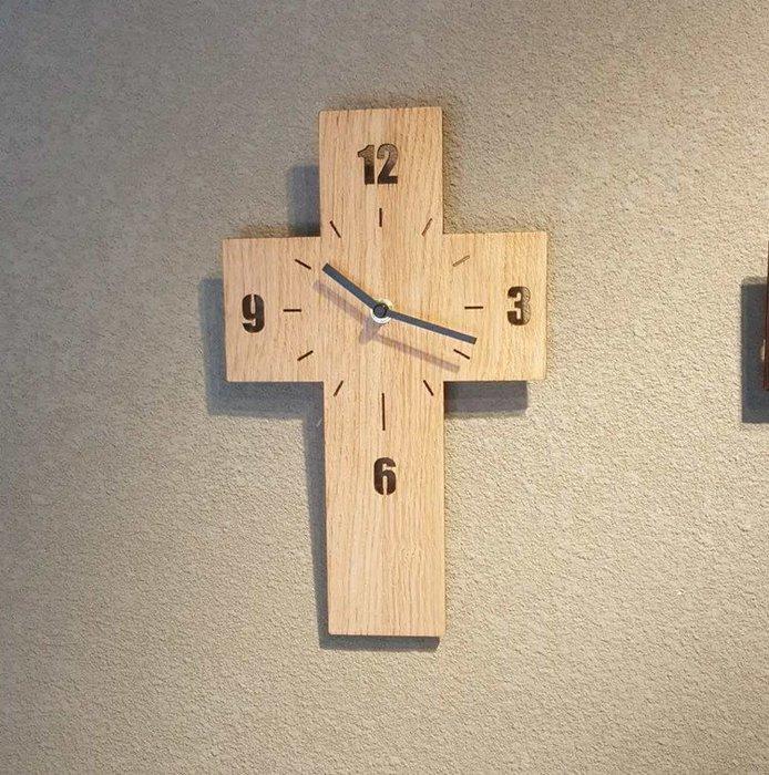 基督教禮品 幸福小組禮物 ~木質十字架時鐘 (盒裝)