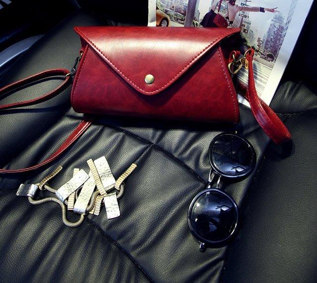 【Miss 小Q】韓國     真皮  復古包  單肩包 斜跨包 小包 側背包 女包 小女包 手拿包 KOREA 軟皮包