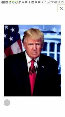 特朗普(第45屆美國總統)親筆簽名白宮照片有證書