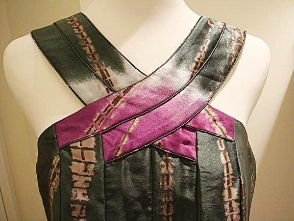 破盤清倉大降價!全新美國名牌 BCBG MAXAZRIA 絲質前胸交領綠紫色背心上衣,低價起標無底價!本商品免運費!
