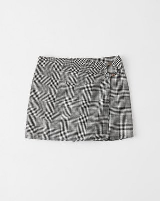 Maple麋鹿小舖 Abercrombie&Fitch * AF  黑白格紋短褲 * ( 現貨S號 )