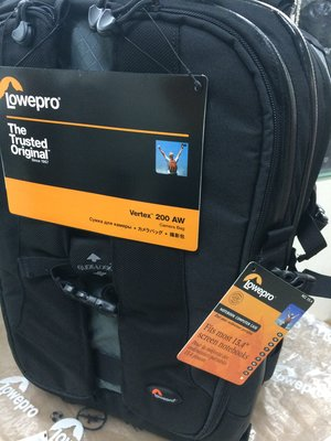 Lowepro Vertex 200 AW (Digital camera case back pack 數碼相機背包袋)