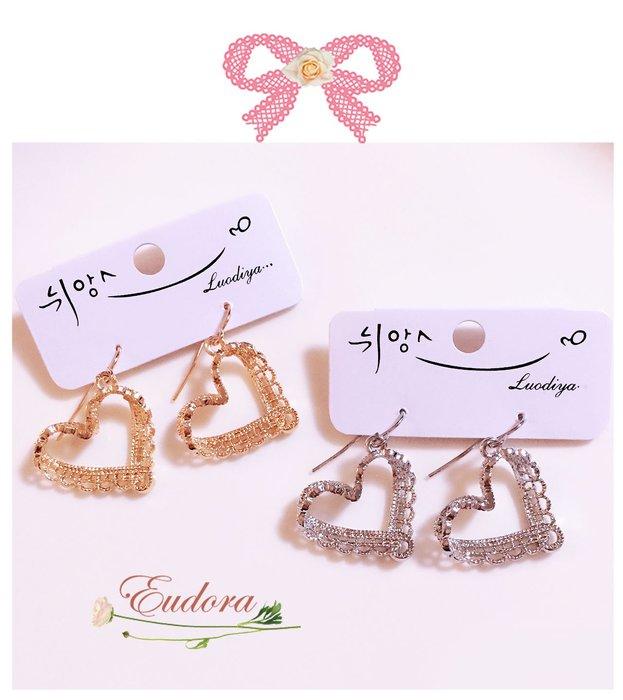 韓國空運  ~甜美金屬蕾絲愛心 耳環 金售出 銀