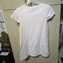 TOP GIRL. size. S部份白色微黃便宜賣不介意在下標肩13胸14長30袖5棉100:(房櫃3黑色袋)