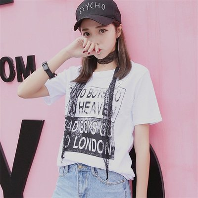 =DiuDiu=韓國首爾 時尚精品 東大門同步 早班車7199 字母印花 鐵環破洞 蕾丝吊飾白色短袖T恤