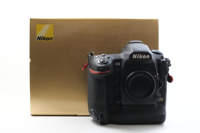 【台中青蘋果】NIKON D5 單機身 全片幅 旗艦機種 二手相機 快門13132  XQD版本  #22554