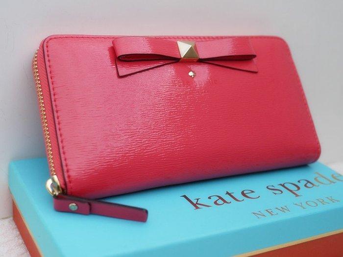 笑笑專屬® Kate Spade BEACON COURT LACEY 淡紅色波紋蝴蝶結拉鍊錢包 皮夾 長夾 現貨!