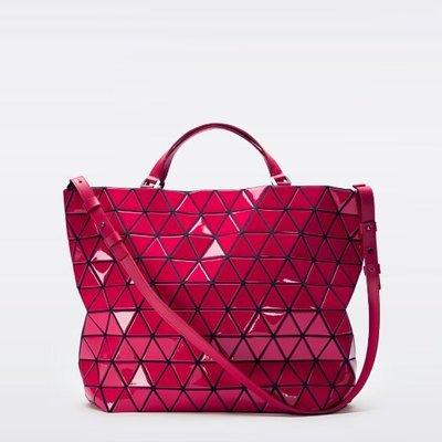 min~BAO BAO ISSEY MIYAKE  桃紅水晶包 全新正品 現貨 附同色背帶 手提袋/肩背包