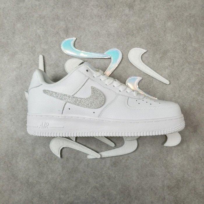 """Nike Air Force 1 """"Swoosh Pack"""" 空軍一號 鐳射換勾 休閒板鞋AQ3621-111"""