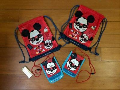 Disney米奇束口後背包 護照夾 $169/組 二組300運50 國泰航空兒童背包