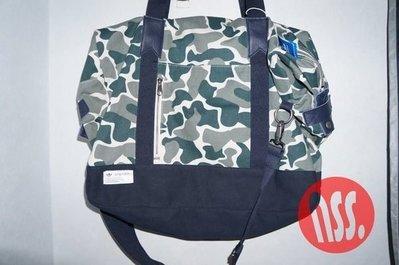 特價「NSS』adidas Originals BLUE Camo Weekender Bag 迷彩 側背包 手提包