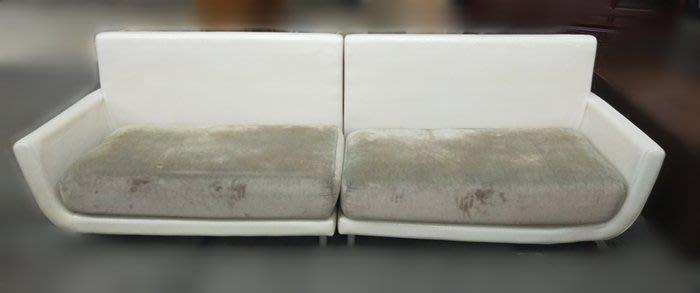 台中2手 宏品二手家具館 全新中古傢俱拍賣 A12284*白色4人座沙發 電視櫃 平面矮櫃 家電 冷氣冰箱 新竹苗栗彰化