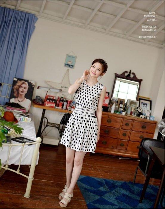 品名: 寬鬆水滴印花連衣裙女(白色) J-11475