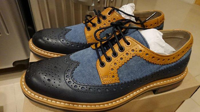 全新專櫃正品 Clarks Darby Limit牛津雕花皮鞋 春夏型男必備