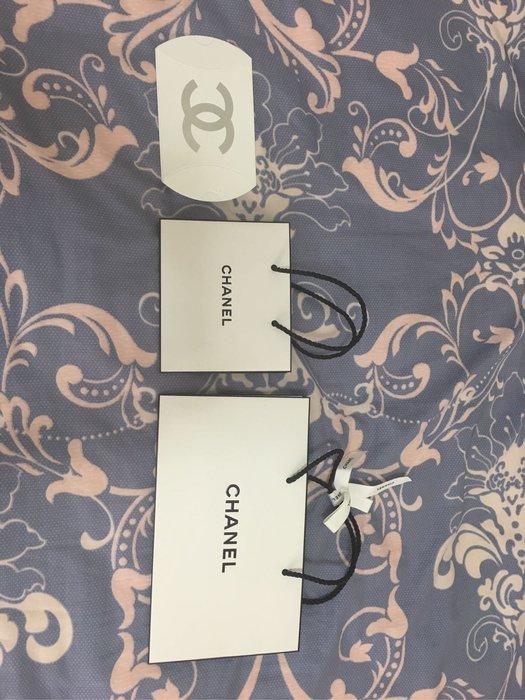 Chanel 防塵袋 收納袋 衣物袋 化妝包袋 零錢袋 手提袋 紙袋 (右23.5*14*7、中14*12*5、左8*9*3.5)
