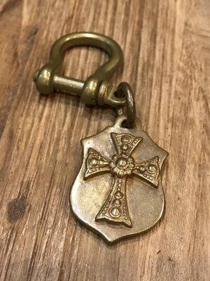 造夢師【全新】【純手工】 打磨 純黃銅 克羅心風格十字架 66號公路銅牌與馬蹄扣 鑰匙圈/吊飾/銅飾
