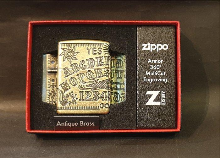 ONE*$1~*美系*ZIPPO*Armor 360度《占卜板設計*年度限量版 》四面仿古銅*編號:49001