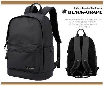 極地防水包-時尚圓弧造型 筆電後背包 / 15.6吋電腦包【B063】黑葡萄包包