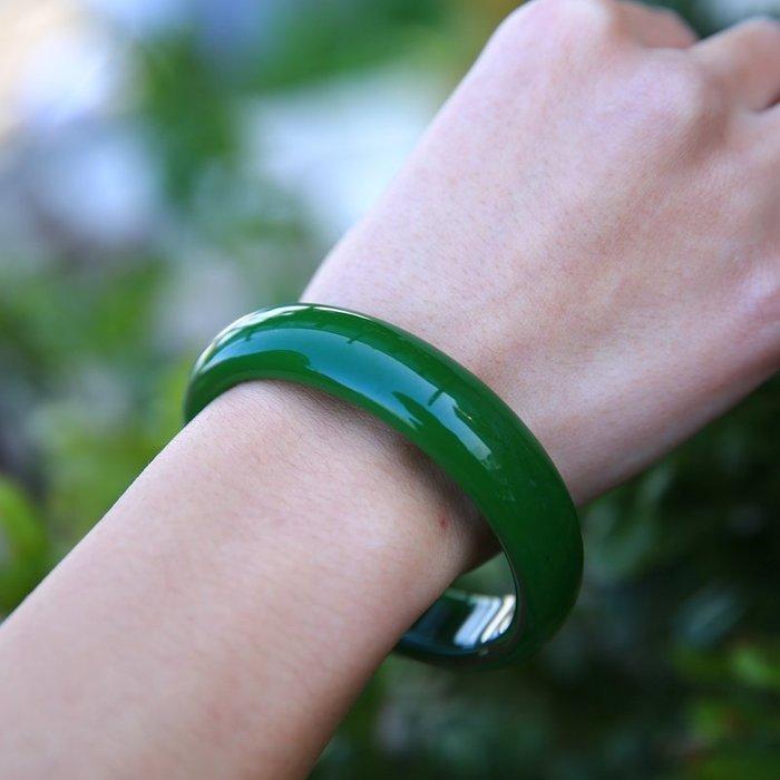 ~良緣閣~珠寶玉石天然玉手鐲菠菜綠色玉鐲女款送 玉石玉器