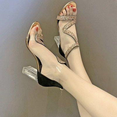 2019春夏季仙女小清新高跟鞋粗跟一字扣網紅透明水晶羅馬涼鞋