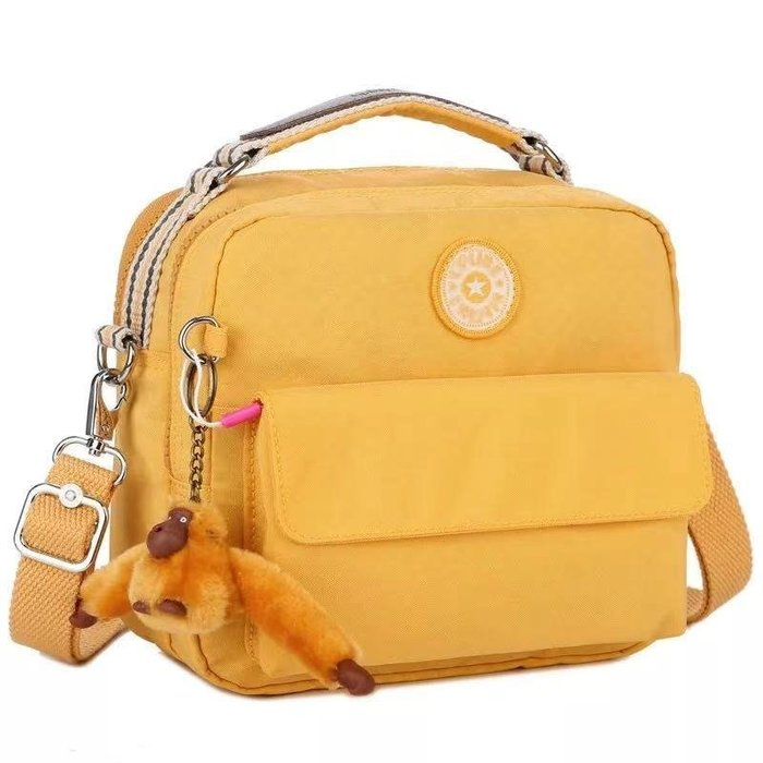 凱莉代購 Kipling k04472/2050 陽光黃 輕便 休閒 斜背肩背側背手提後背多用款包 預購