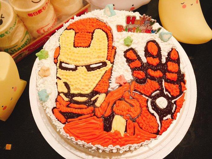 ❤歡迎自取 ❥ 雪屋麵包坊 ❥ 卡通蛋糕手繪系列  ❥ 鋼鐵人系列 ❥ 十吋生日蛋糕