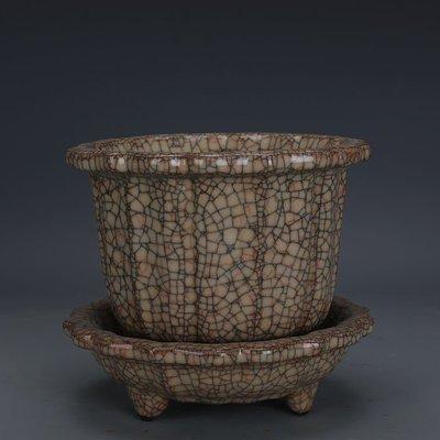 ㊣姥姥的寶藏㊣ 宋代哥窯金絲鐵線菱花式花盆一套  出土文物古瓷器古玩古董收藏品