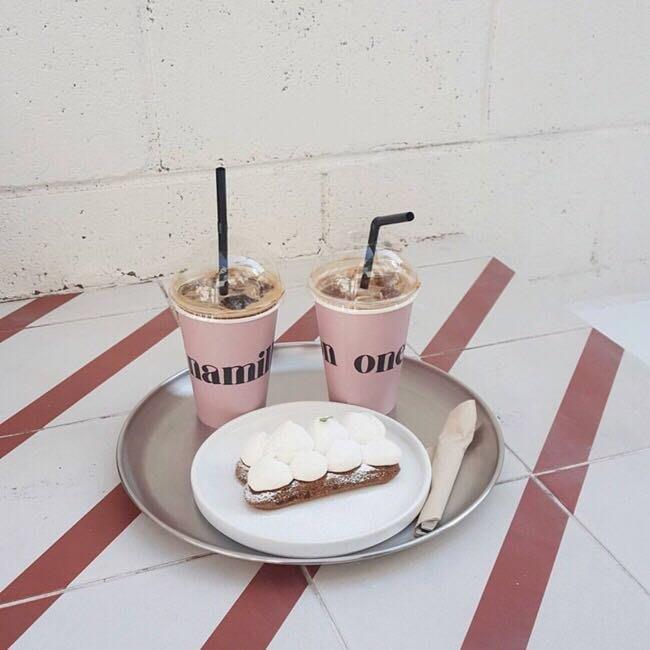 MAJ.POINT-韓 托盤 磨砂 圓鐵盤不鏽鋼 IG咖啡麵包 甜點鬆餅餐飲 北歐風 居家 INS 簡約 代購 復古道具