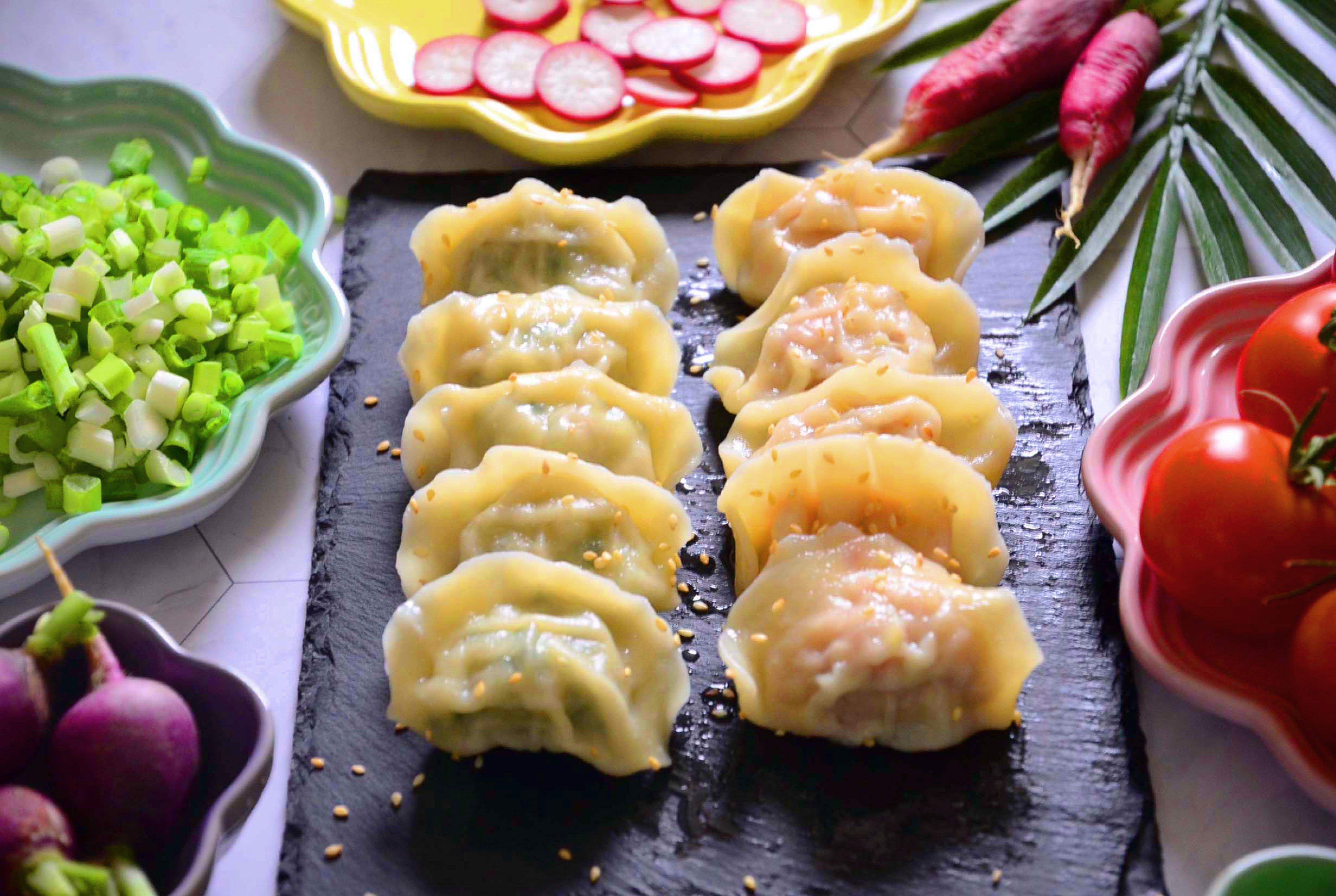 飽滿水餃 兩包免運/冷凍 餃子奶奶/高麗菜豬肉 玉米豬肉 韭菜豬肉