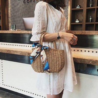 草莓兔╯♥。簡單風格抽繩手提藤編包 藤包 編織包 竹籐包 籐包+絲巾。 【預購egg708】