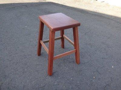 D003 {崙頂傳統原木家具行}~柳安實木小高腳四角椅    多張有優惠 免運費